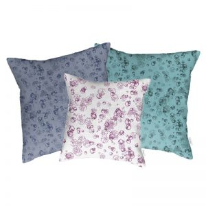 Linen cushion cover – Isolated cells