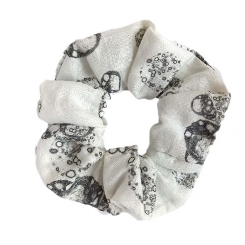 Linen scrunchy isolated cells black and white