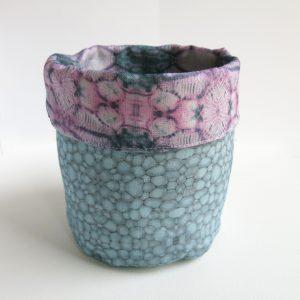 Linen storage basket – Poppy capsule