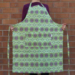 Linen apron – Dandelion