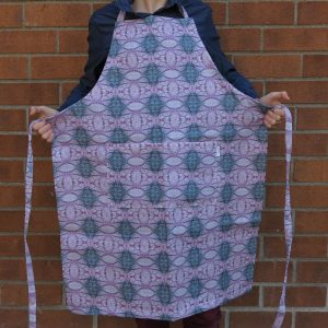 Linen apron – Poppy capsule